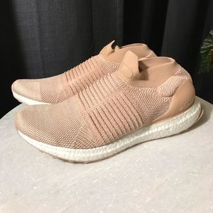 New Adidas Ultraboost Laceless Women's Size 10
